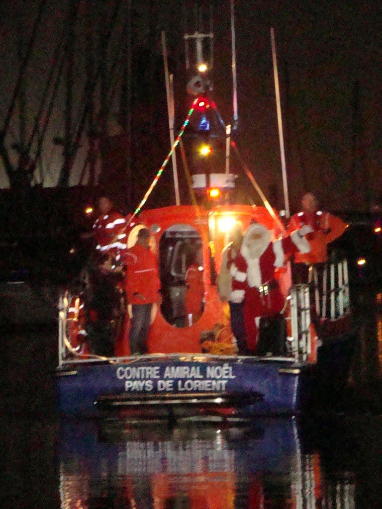 2021-Arrivée du Père Noël en bateau à Ste Catherine