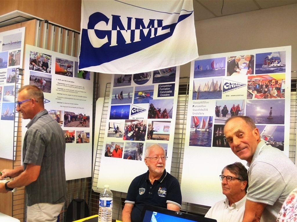 Le CNML au forum des associations-un des nôtres à l'honneur